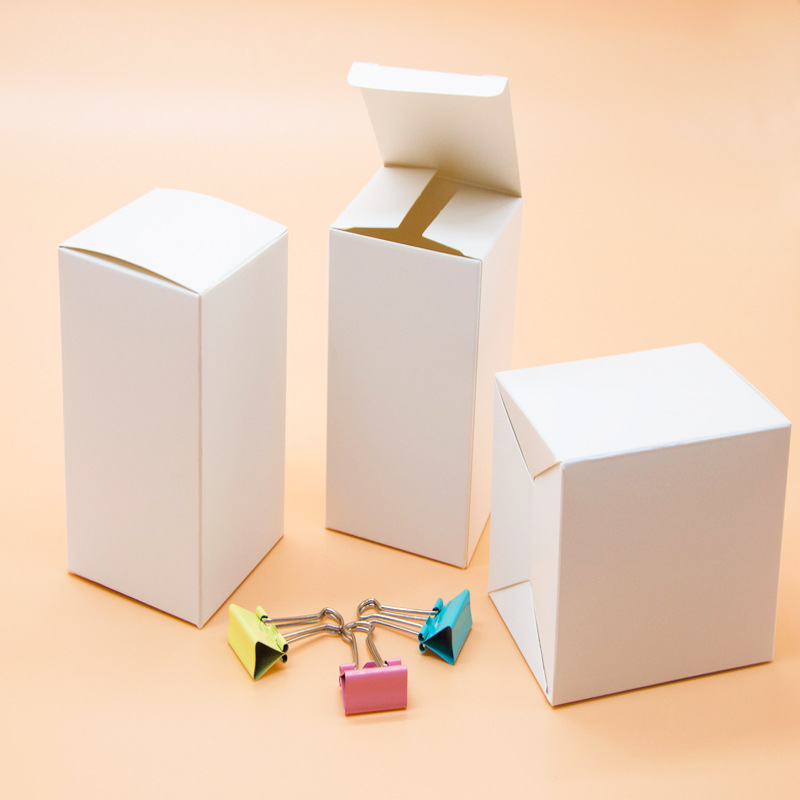 Spot wholesale white card carton general packaging small white box packaging folding white card box customization