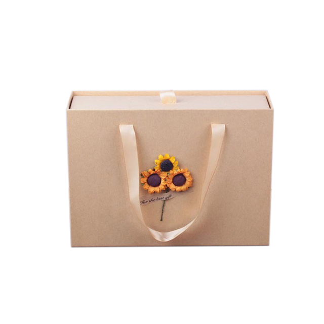 High Quality Paper box With Art Small Fresh Rectangular Vintage Kraft Paper Gift Bag Packing Box Birthday Gift Box