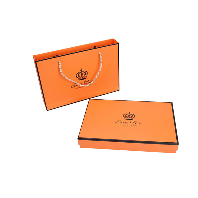 Simple orange scarves gift boxes for T-Shirts pajamas exquisite scarves